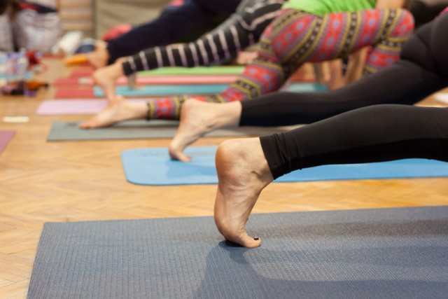 ćwiczenia mata do ćwiczeń jak wyczyścić matę do ćwiczeń